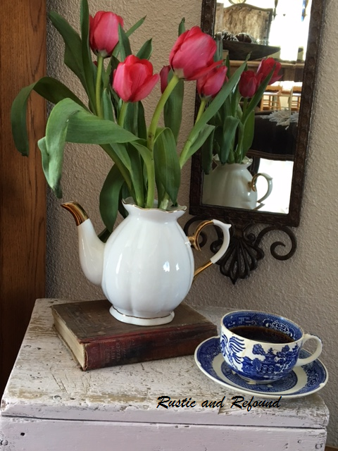 Tulips and cup3